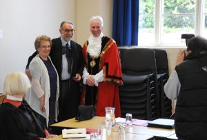 Old Mayor and Mayoress